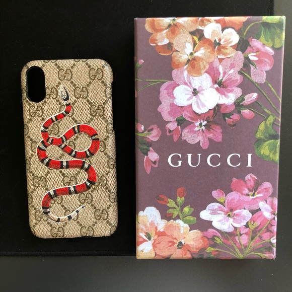 separation shoes f9013 39153 Gucci Kingsnake Print iPhone X case